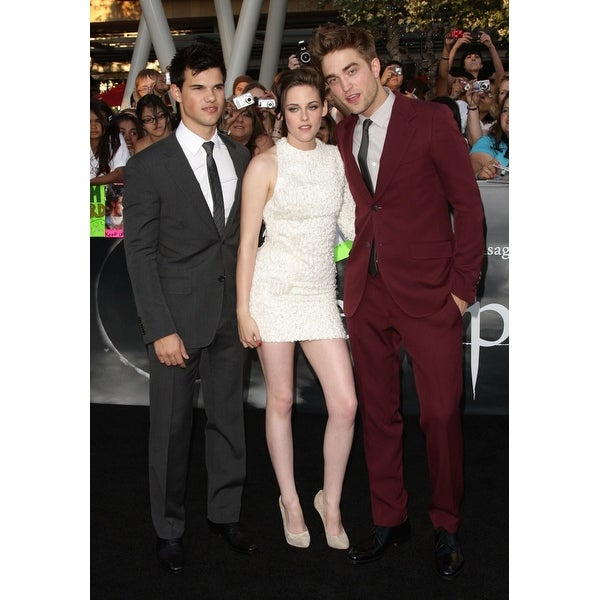 Shop Taylor Lautner Kristen Stewart Robert Pattinson At Arrivals For The  Twilight Saga Eclipse Premiere Nokia Theatre LA Live Los Ang - Free Shipping  On ... c21cff188578