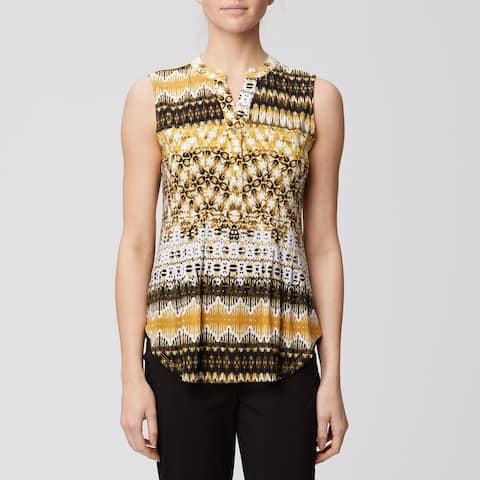 Sleeveless 3 gold Button Pleated front