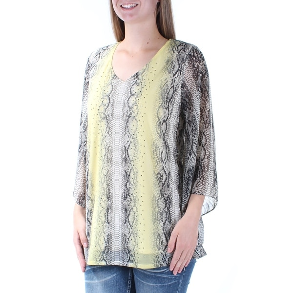 a6036c4d Shop Womens Yellow Animal Print Kimono Sleeve V Neck Casual Top Size M - On  Sale - Free Shipping On Orders Over $45 - Overstock.com - 21312440