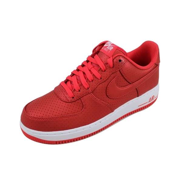 new style 58b27 89406 Nike Men  x27 s Air Force 1   x27 07 LV8 Action