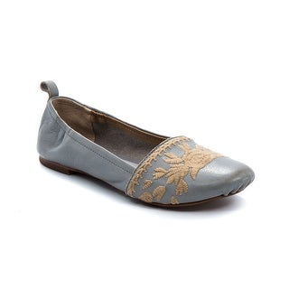 Latigo Blanche Women's Flats & Oxfords