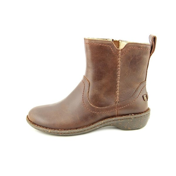 Shop Ugg Australia Neevah Women Round Toe Leather Brown