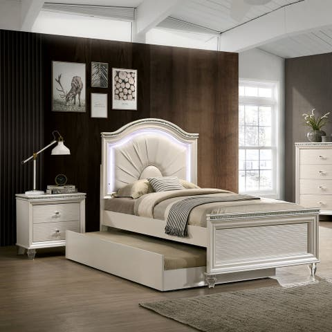 Furniture of America Ving Transitional White 2-piece Bedroom Set