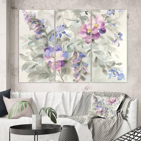 Designart 'Garden Dreams Flower' Traditional Gallery-wrapped Canvas