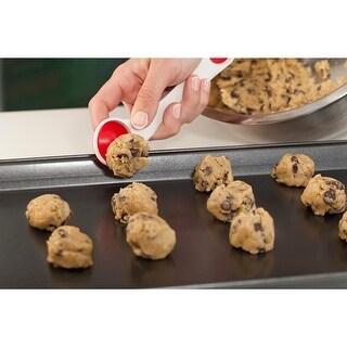 """Mrs. Fields(TM) Scoop-N-Cut Cookie Tool-7"""""""