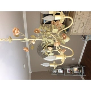 Ramblin' Rose 6-light Chandelier