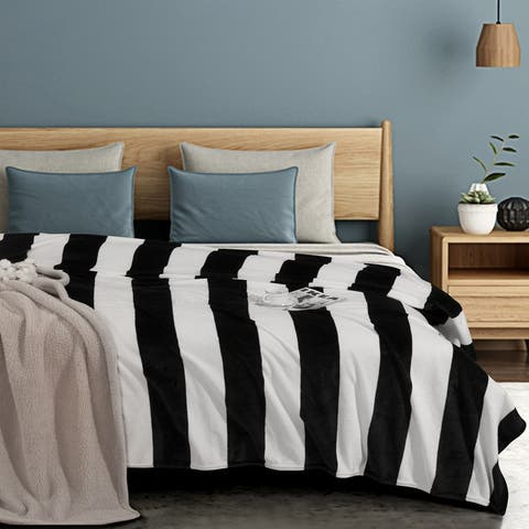 NTBAY Super Soft Luxury All Season Flannel Fleece Throw Blanket with Classic Black and White Striped Pattern (4 Size Options)