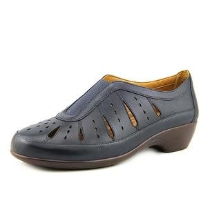 Easy Spirit Gavra Round Toe Leather Loafer
