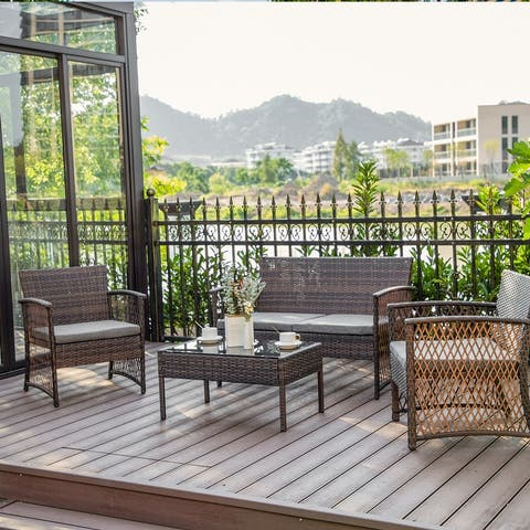 Elkport Outdoor 4-Piece Rattan Patio Furniture Chat Set with Cushions