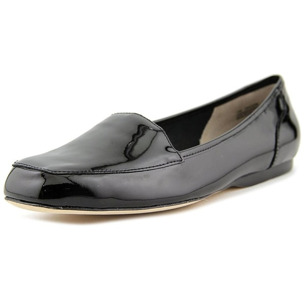 Array Freedom Women W Round Toe Patent Leather Black Loafer