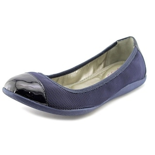 Me Too Harbor Round Toe Canvas Ballet Flats