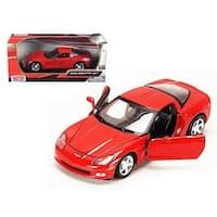 1 by 24 2005 Chevrolet Corvette C6 Coupe Diecast Model Car - Red