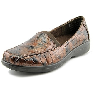 Easy Street Gage WW Round Toe Synthetic Loafer