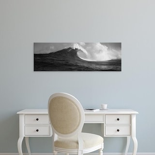 Easy Art Prints Panoramic Images's 'Waves in the sea, Maui, Hawaii, USA' Premium Canvas Art