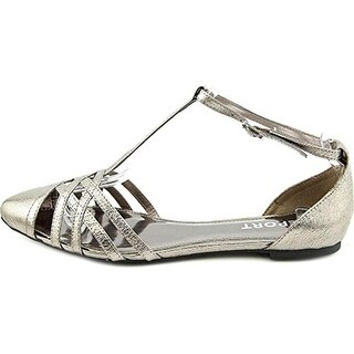 Report Womens Bacall Faux Leather T-Strap Flat Sandals - 6 medium (b,m)