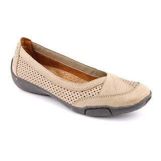 Auditions Verona II   Round Toe Leather  Flats