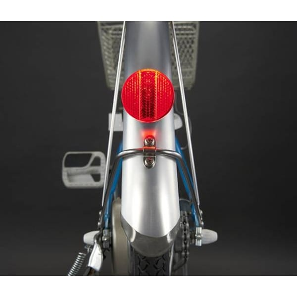 Red TL-AU165 CatEye Battery-Powered Cycling Tail Light with SP-5 Bracket