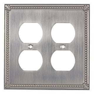 Richelieu BP8622 Double Traditional Duplex Outlet Switch Plate from the Decora Collection