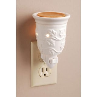 "5.5"" Decorative White Holly Leaf Design Ceramic Wax Warmer Night Light"