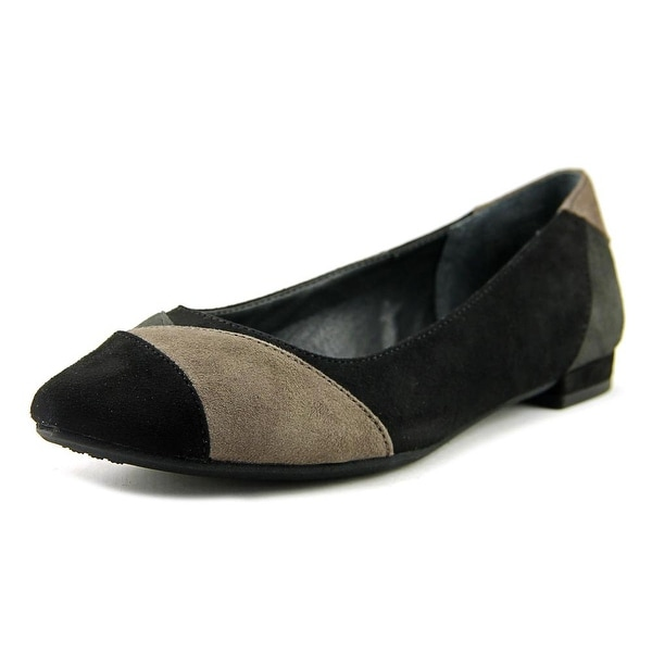 Rialto Autumn Women Pointed Toe Suede Black Loafer