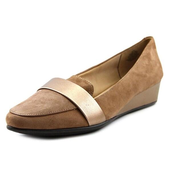 Easy Spirit Adalynn Women W Pointed Toe Suede Tan Flats