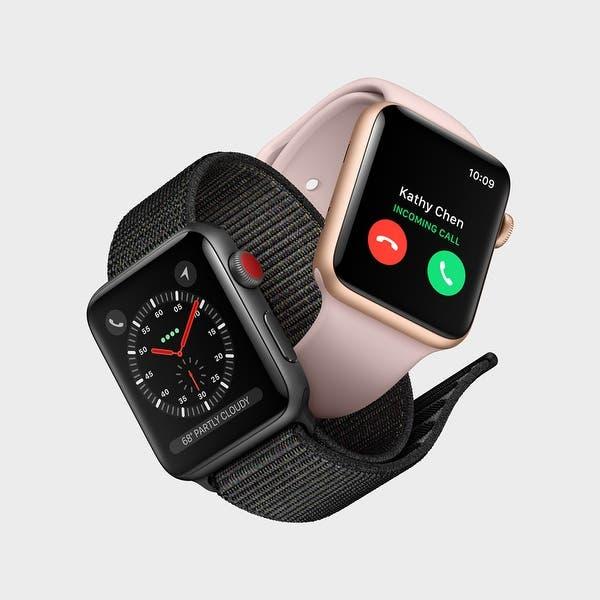 Grande Costoso Mirar atrás  Shop Apple Watch Nike+ Series 3 38mm Smartwatch (GPS Only, Silver Aluminum  Case, Pure Platinum/Black Nike Sport Band Band) - Overstock - 22750084