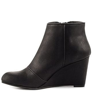 Unlisted Kenneth Cole Bold Move Round Toe Ankle Boot