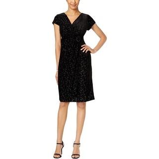Alex Evenings Womens Petites Cocktail Dress Velvet Cap Sleeves