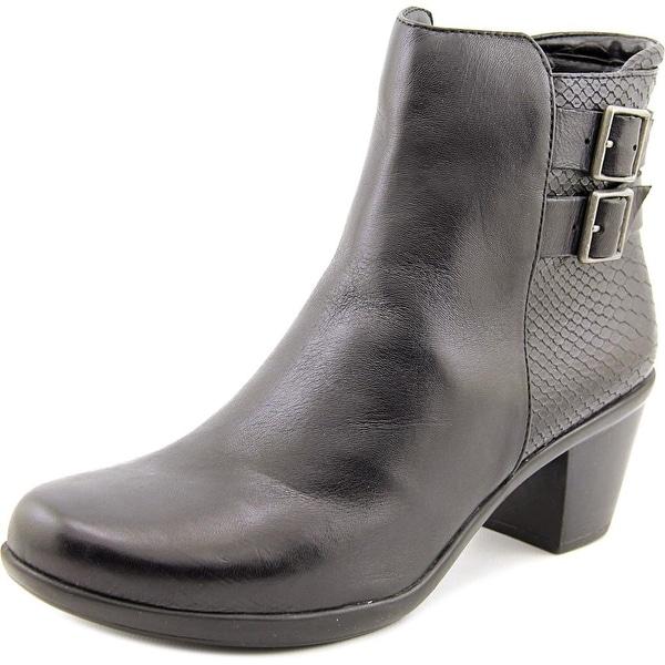 Naturalizer Ernst Women  Round Toe Leather Black Bootie