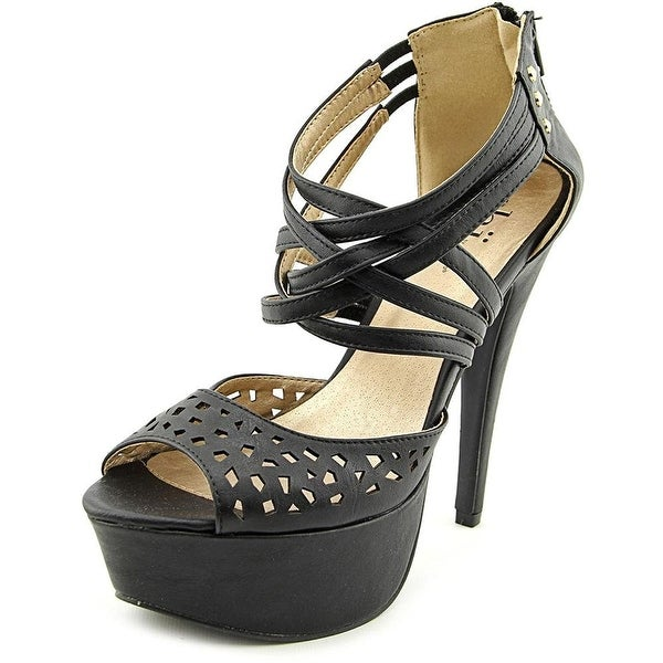 Famous Name Brand Anew Women Black Sandals