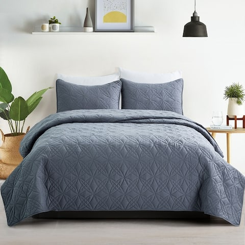 Reversible Quilted Microfiber Coverlets Quilt Set