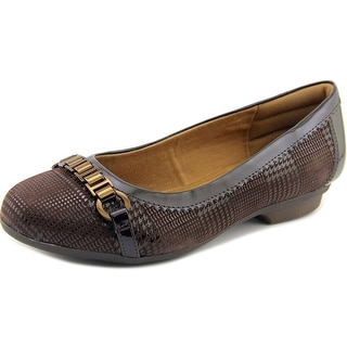 Comfortiva Madeira Women W Round Toe Leather Brown Flats