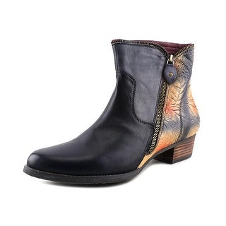 L'Artiste Erminia Round Toe Leather Bootie