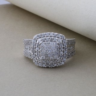 De Couer 10k Gold 1ct TDW Diamond Cocktail Cluster Ring