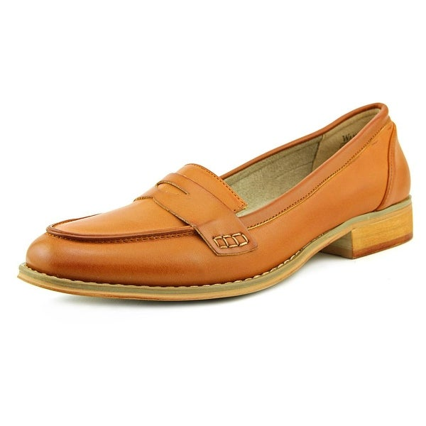 Wanted Charlie Women Round Toe Leather Loafer