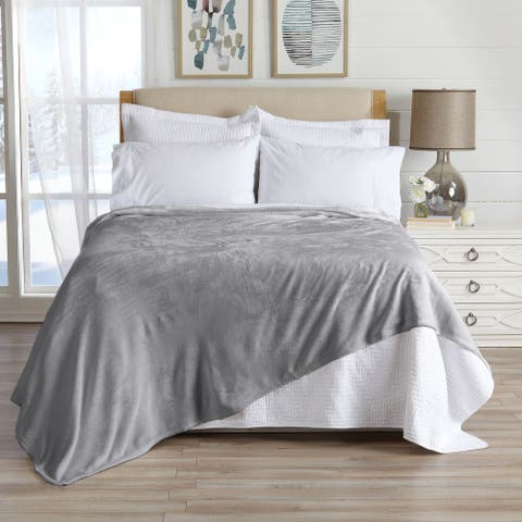 Great Bay Home Ultra Velvet Plush Solid Bed Blanket