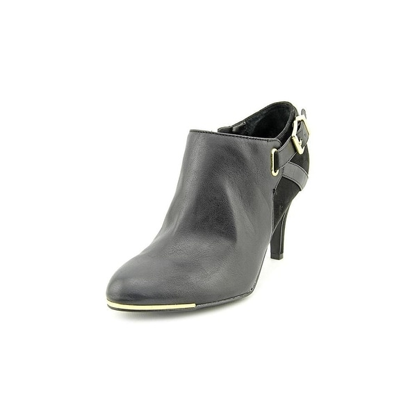 Marc Fisher Cyril3 Heeled Ankle Booties