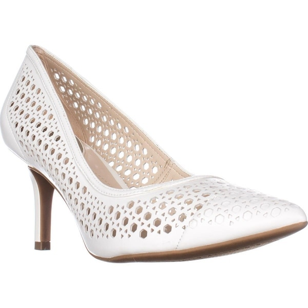 A35 Jennah Perforated Comfort Pumps, Cotton
