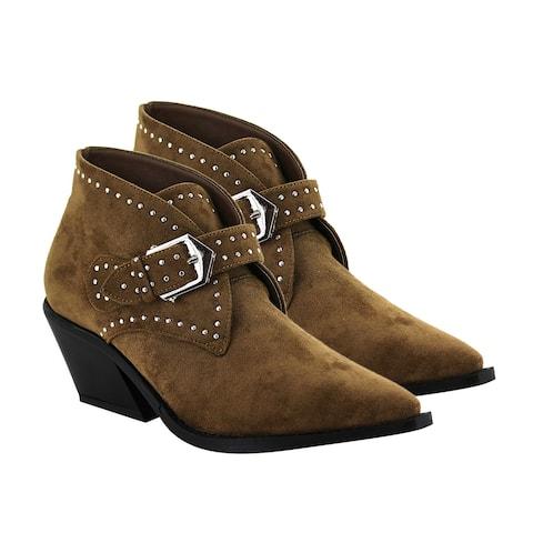 Seven7 Anti Slip Foam Footbed Dallas Ankle Boot in Brown Size 6.00