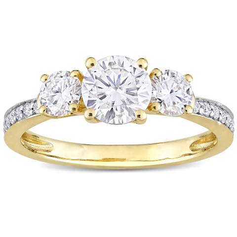 Miadora 1 3/8ct DEW Moissanite 3-Stone Engagement Ring in 10k Yellow Gold