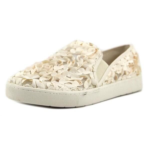 Isaac Mizrahi Carmen Women Round Toe Synthetic Tan Sneakers