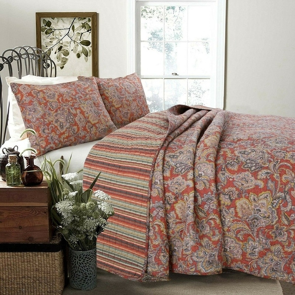Copper Grove Chiddingfold Spice Paisley 3-piece Quilt Set. Opens flyout.