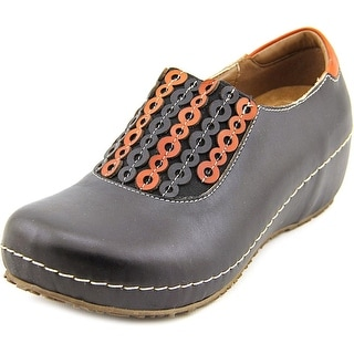 L'Artiste by Spring Step Priam Round Toe Leather Clogs