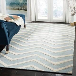 Link to Safavieh Handmade Cambridge Vella Chevron Wool Rug Similar Items in Rugs