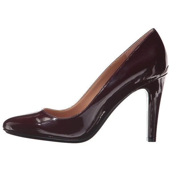 f8f1c542b177 Shop Calvin Klein Womens Cosima Pointed Toe Classic Pumps - Free ...
