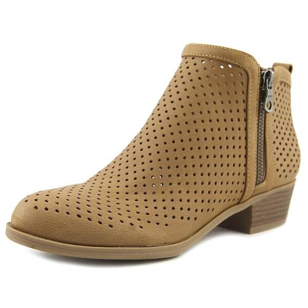 Indigo Rd. Carry Women Medium Brown Boots