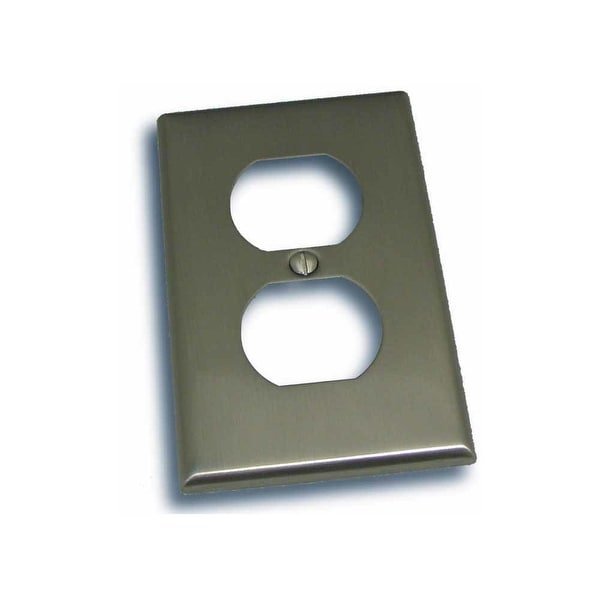 """Residential Essentials 10814 4.5"""" X 2.75"""" Single Outlet Switch Plate Featuring a Rustic / Country Theme - N/A"""