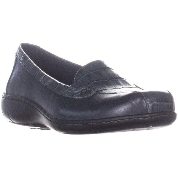 on sale 8d671 02519 Shop Clarks Bayou Q Slip On Loafers, Navy - 8 us / 39 eu ...