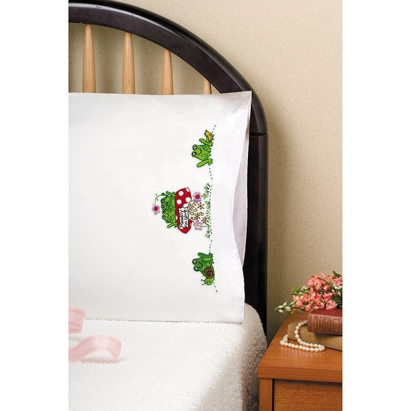 """Stamped Pillowcase Pair For Embroidery 20""""X30""""-Frogs"""