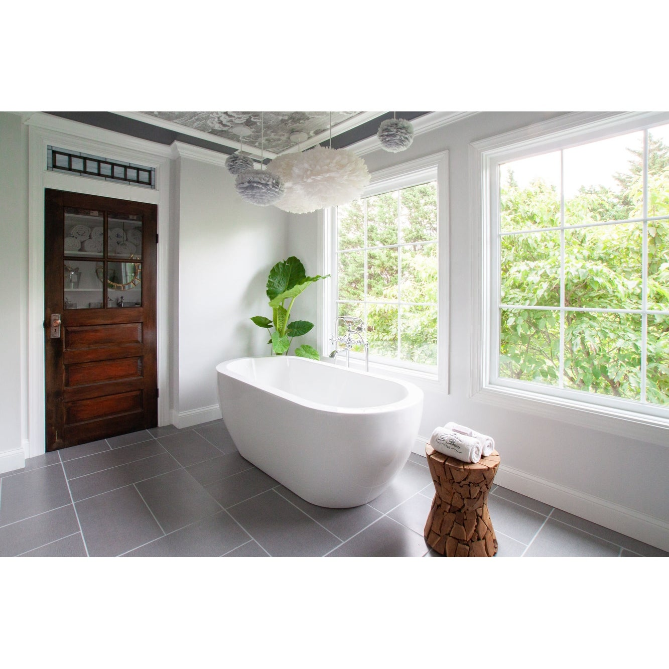 Moen S22110 Weymouth Wall Mounted Clawfoot Tub Filler With Built In Diverter Lever Handles And Hand Shower Risers And